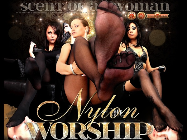 Members Nylon Worship
